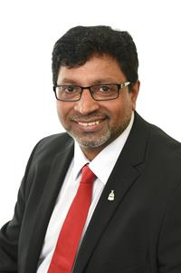 Profile image for Councillor Shaukat Hussain
