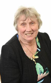 Profile image for Councillor Maureen Bateson MBE