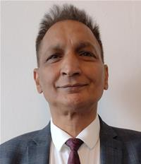 Profile image for Councillor Mahfooz Hussain